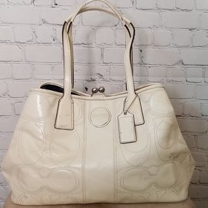 Coach 15658 patent leather